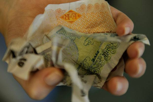 scrunched up fivers