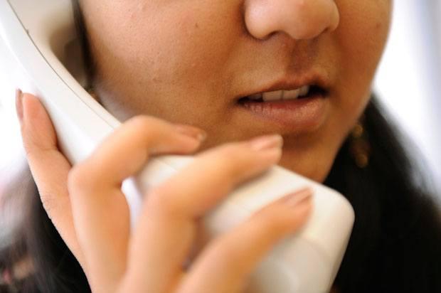 girl on landline