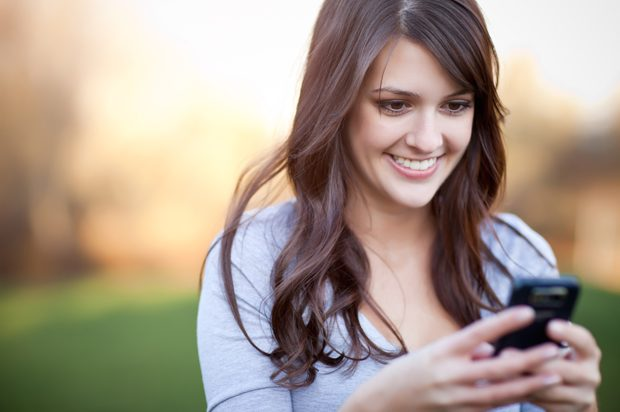 How to text girls on dating sites