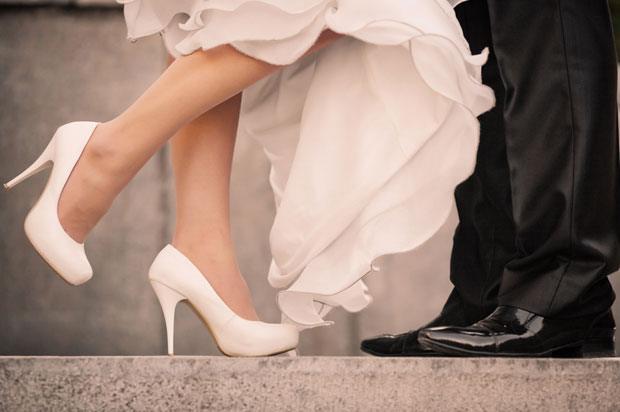 Wedding couple feet