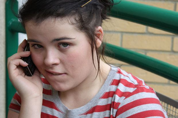 girl on uninsured phone