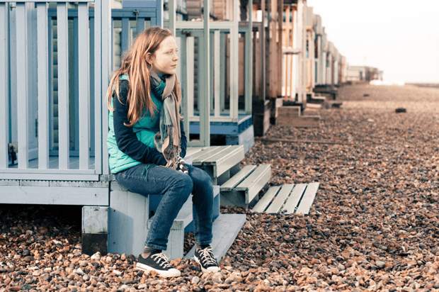 girl looking at the sea